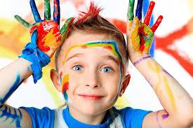 اگر می خواهید خلاقیت کودک را افزایش دهید، کمتر نگران او باشید