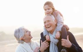 شادی پدر و مادر مخصوصا مادر تاثير زيادی در روحیه كودک دارد.