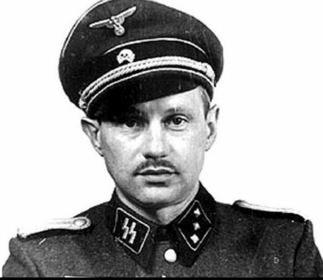 این تصویر دکتر هانس مونچ، معروف به مرد خوب اردوگاه آشویتس هست، آشویتس بزرگترین و مجهزتریناردوگاه کار اجباریآلمان نازیبود.