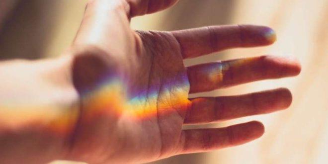 یک قدم رو به جلو برای درمان کسانی که از تابش نور روی پوستشان احساس درد میکنند!