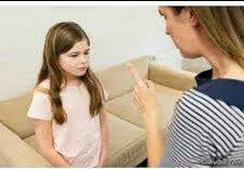 کودکی که فراوان توبیخ و سرزنش شود، احساس حقارت میکند
