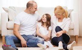 قوانین و مقرراتی را برای خانه وضع کنیم و کودک را از چرایی آنها آگاه سازیم.