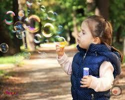 وقتی دائم کودک را سرزنش می کنید باور او را نسبت به خودش تغيير ميدهد.