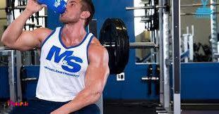 عضلات در طول تمرین آسیب میبینند و در طول شب هنگامیکه خواب هستید، ترمیم میشوند