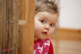 زمانی که برای کودک تعیین می کنیم چه احساسی باید یا نباید داشته باشد