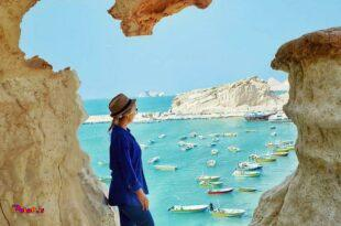تبن بندری کوچک در نزدیکی شهر کوشکنار در جنوب غربی استان هرمزگان و نزدیک مرز استان هرمزگان و بوشهر هست.