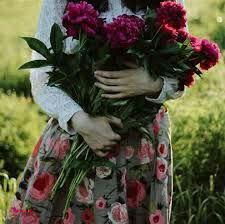 خانوما ازدست اونایی که دوستشون دارند زودتر ناراحت میشن