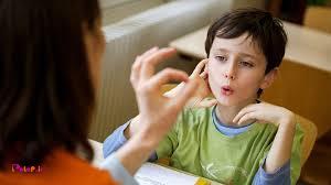 چه زمانی باید به گفتار درمانی مراجعه نمایید⁉️