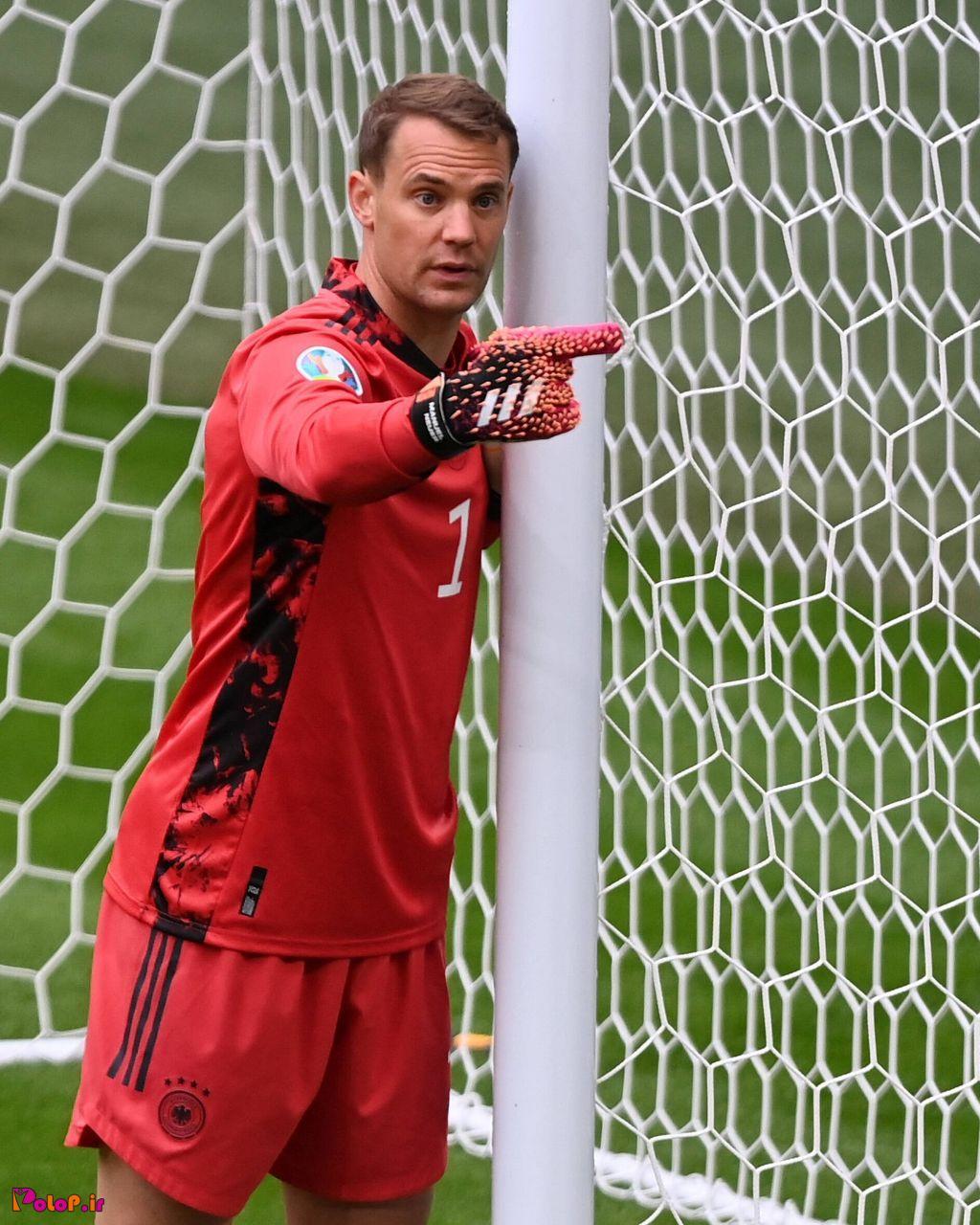 مانوئل نویر ۱۰۰٪ سنگربان و کاپیتان تیم ملی آلمان در جام جهانی ۲۰۲۲ خواهد بود.