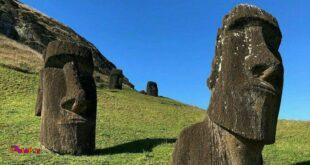 مجسمه های غول پیکر در جزیره ایستر