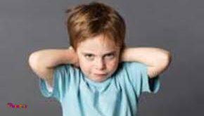 یكی از موقعیت هایی كه معمولا به بگو و مگو و لجبازی فرزندان با والدین می انجامد زمانی است كه نوجوان احساس كند همانند یك كودك مورد مراقبت والدین خود قرار گرفته است.