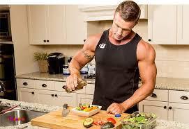 نمونه برنامه غذایی جهت افزایش حجم عضلانی