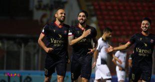 کریم اسلامی مهاجم تیم فوتبال نساجی قائمشهر قراردادش را با این باشگاه به مدت دو فصل دیگر تمدید کرد.